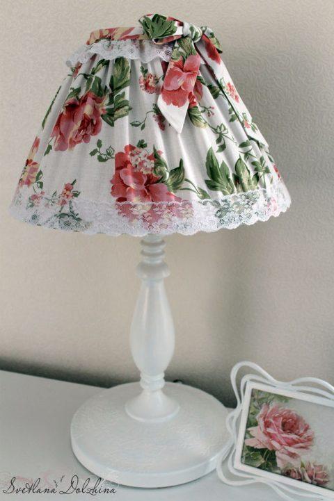 Декорируем настольный светильник своими руками