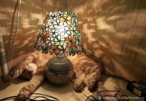 Лампа Тиффани - светильник из морского стекла своими руками