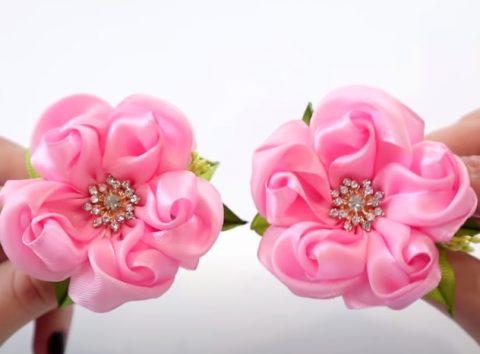 Цветы из лент своими руками