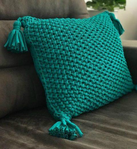Чехол для подушки своими руками из трикотажной пряжи