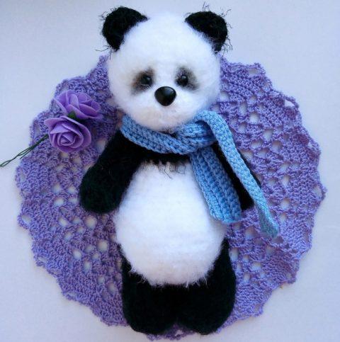 Панда пушистая крючком