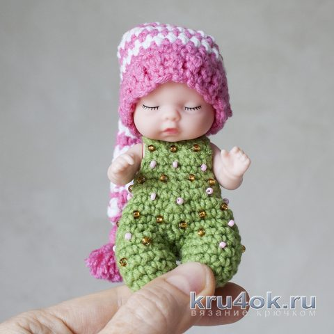 Новогодняя игрушка своими руками - пупс в шаре из FIX PRICE