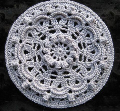 Схемы вязания красивых круглых и шестиугольных мотивов крючком