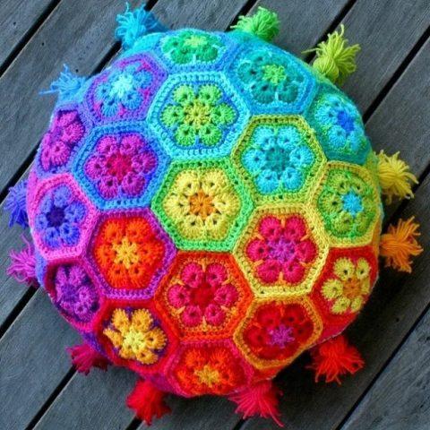 Африканский цветок - самый красивый мотив крючком