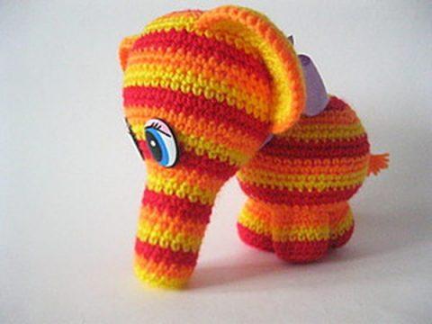 Полосатый слоник крючком