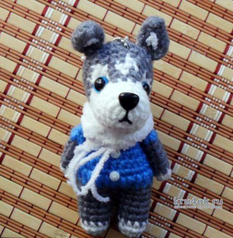 Вяжем брелок собачку хаски крючком, описание и видео-урок вязание и схемы вязания