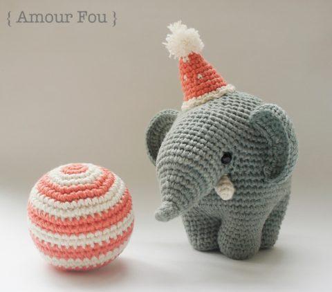 Цирковой слоник крючком