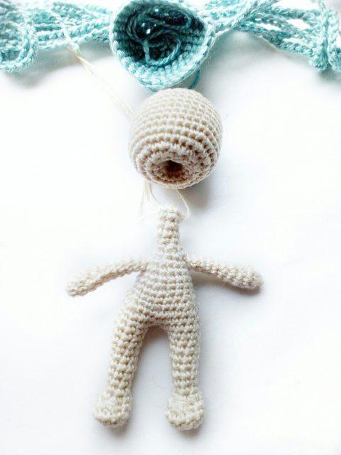 Как крепить голову кукла к телу: