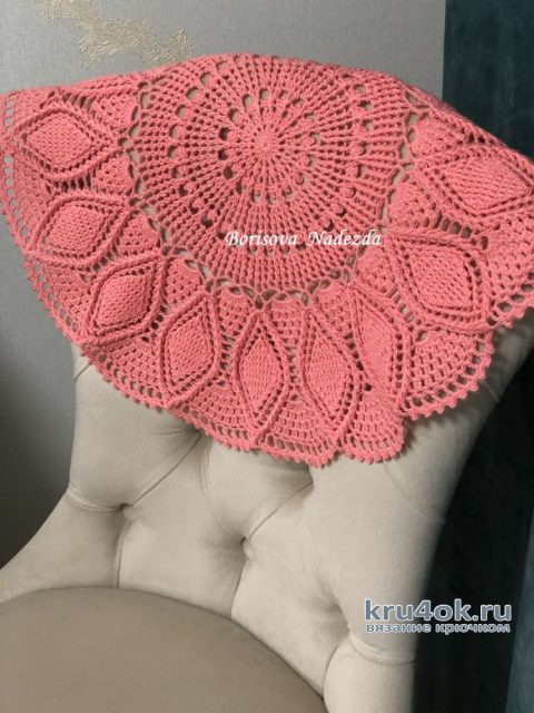 Очаровательная рельефная салфетка крючком Лилия. Работа Надежды Борисовой вязание и схемы вязания