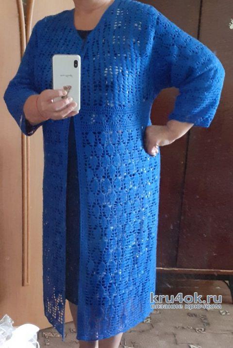 Женское пальто крючком. Работа Альбины Ваниной вязание и схемы вязания
