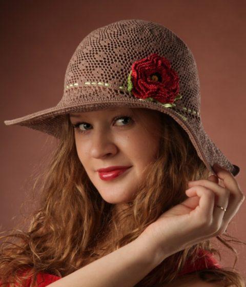 Женская шляпа Сафари крючком