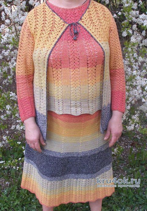 Женский костюм крючком из пряжи YarnArt Flowers. Работа Елены