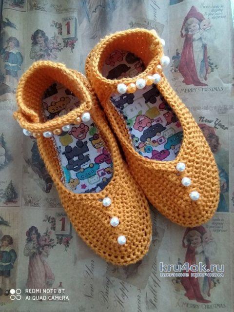 Комплект для девочки: топ, брюки и обувь крючком. Работа Галины вязание и схемы вязания