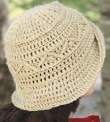 Элегантная теплая шляпка крючком