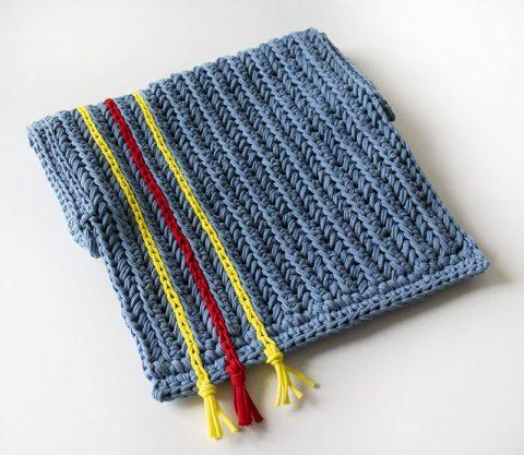 Летняя сумка - клатч ДЖИНС из трикотажной пряжи