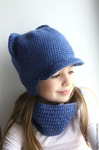 Зимняя шапка с ушками для девочки