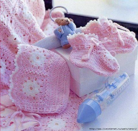 Чепчик для новорожденного крючком 1
