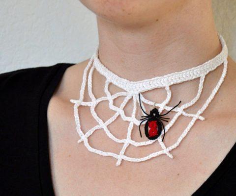 Колье паутина с паучком - украшение на Хеллоуин