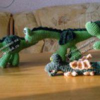 Вязаные игрушки драконы — работы Ольги