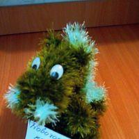 Вязаная игрушка дракон — работа Татьяны