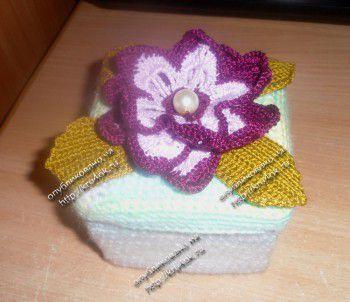 Шкатулка с цветами – работа Дианы из Северска. Вязание крючком.