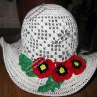 Шляпа с маками — работа Марины Коженовой