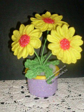 Вязаные цветы ромашки в