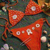 Оранжевый купальник бикини