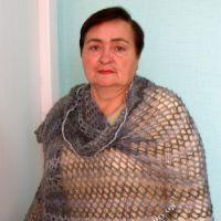 Вязаный палантин — работа Галины Коржуновой