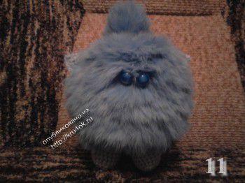 Меховой котенок – работа Ольги Клименковой. Вязание крючком.