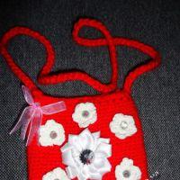 фото детской сумочки, связанной крючком.