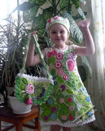 Детское платье и шапочка в технике ирландского кружева. Вязание крючком.