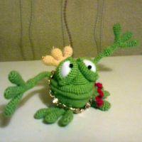 Вязаная игрушка — работа Марины