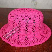 Розовая шляпка — работа Ирины