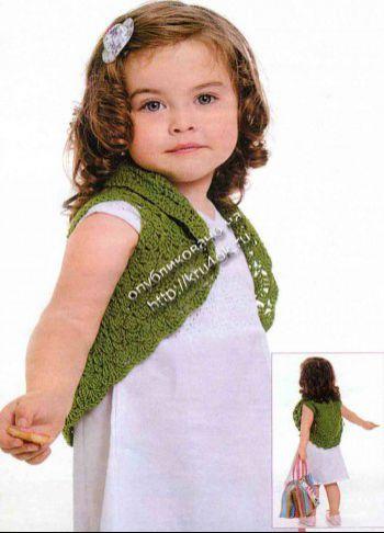 Зеленое болеро для девочки.