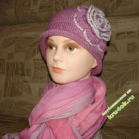 Вязаные шапочки — работы Татьяны