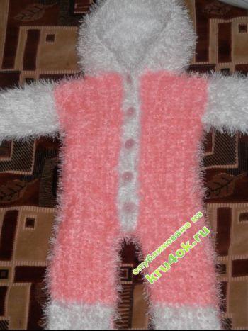 Вязаный комбинезон – работа Юлии. Вязание крючком.