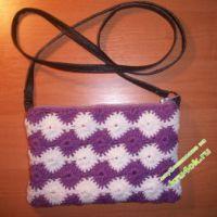 Вязаная сумочка — работа Виктории