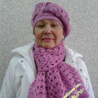 Шапочка и шарфик — работа Анны
