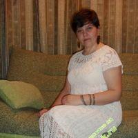 Вязаное крючком платье — работа Галины Никитенко