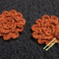Вязаный цветок — работа Юлии