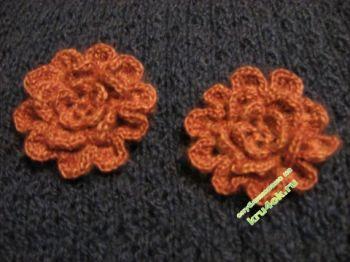 Вязаный цветок – работа Юлии. Вязание крючком.