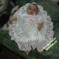 Крестильное платье, связанное крючком