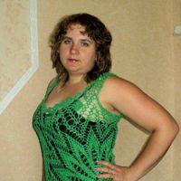 Ажурное платье — салфетка, связанное крючком