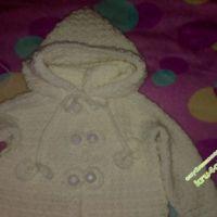 Детское пальто, связанное крючком
