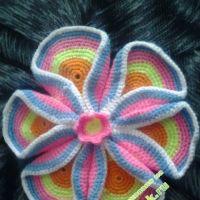 Цветок из кружочков — работа Лизы