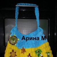 Вязаные крючком сумки — работы Арины