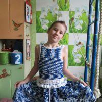 Вязаное крючком платье — работа Ларисы