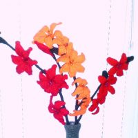 Весенний букет — вязаные цветы