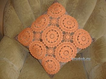 Чехол для подушки – работа Марии. Вязание крючком.